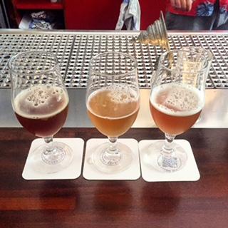 Vagabund Brauerei: von rechts, Double IPA 7,1%, Szesuan Saison 5,2%, Rainer`s Rye Saison 7,5%